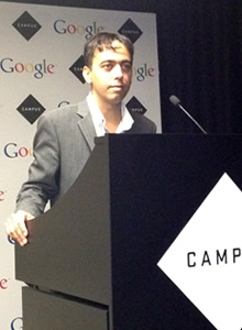Alexander Aranda talking about SEO at Google Campus in London