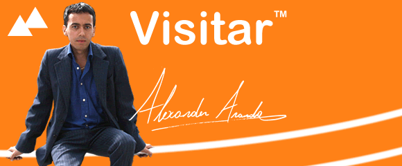 Foto con firma de Alexander Aranda el fundador de las webs Visitar