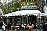 Un caf&eacute; en la ciudad europea de Par&iacute;s