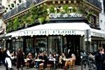 Un café en la ciudad europea de París