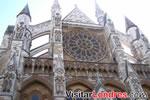 La Abadía se reconstruyó en estilo gótico entre 1245 y 1517