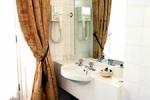 Baño en el hotel Darlington