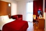 Habitación moderna en el hotel Ramada Encore London West