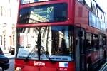 Autobús típico de Londres de dos plantas
